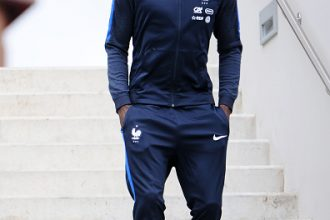 CLAIREFONTAINE, FRANCE - MARCH 20:  French Football Team midfielder Tiemoue Bakayoko arrives for the press conference before the training session on March 20, 2017 in Clairefontaine, France. The training session comes before the upcoming qualifying match against Luxembourg next saturday for the 2018 World Cup.  (Photo by Frederic Stevens/Getty Images)