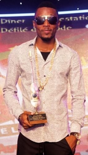 Serge Beynaud, désigné Kundé du meilleur artiste d'Afrique de l'Ouest.