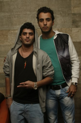 Ali M et son ami, très Swag!