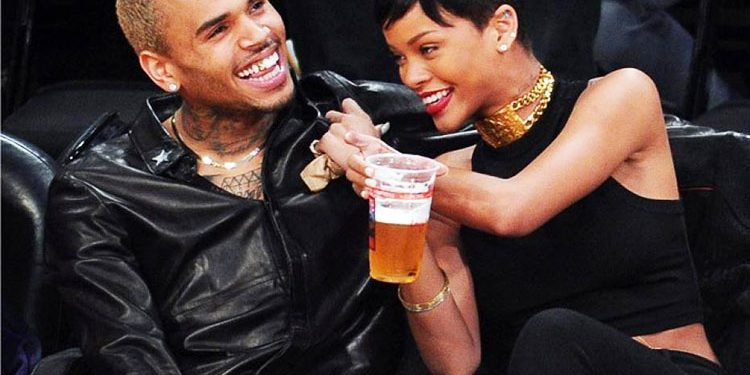 Rihanna_et_Chris. Life Mag
