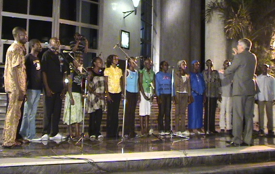L'Afrique chante. Life Mag