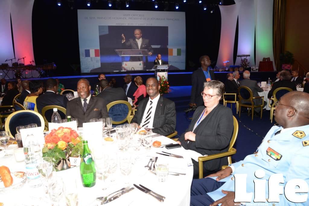 SEM François Hollande. Life Mag