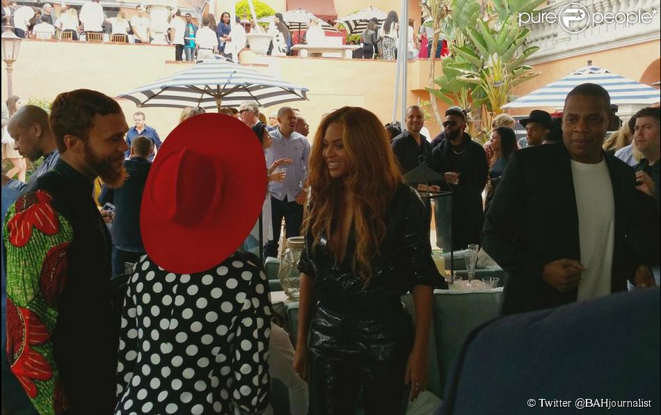 1727067-beyonce-et-jay-z-au-brunch-roc-nation-950x0-2