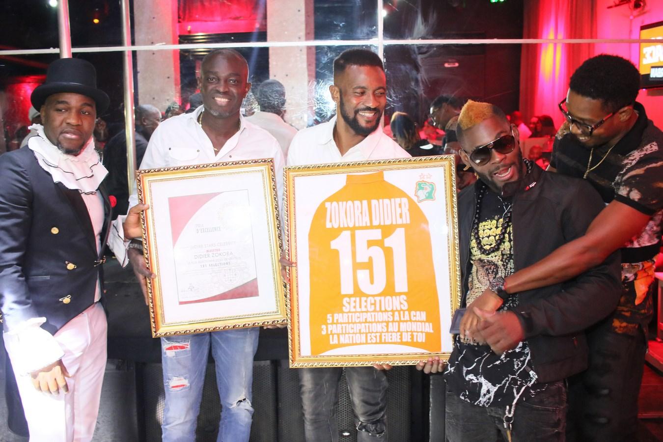 Et son Prix d'excellence en compagnie de Nidal, Kabila, Arafat et Kader Keita.