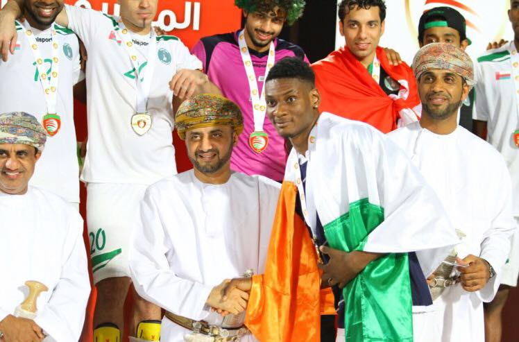 Le footballeur Jumaa Saeed vole au secours des ivoiriennes au Koweït | Life  Magazine